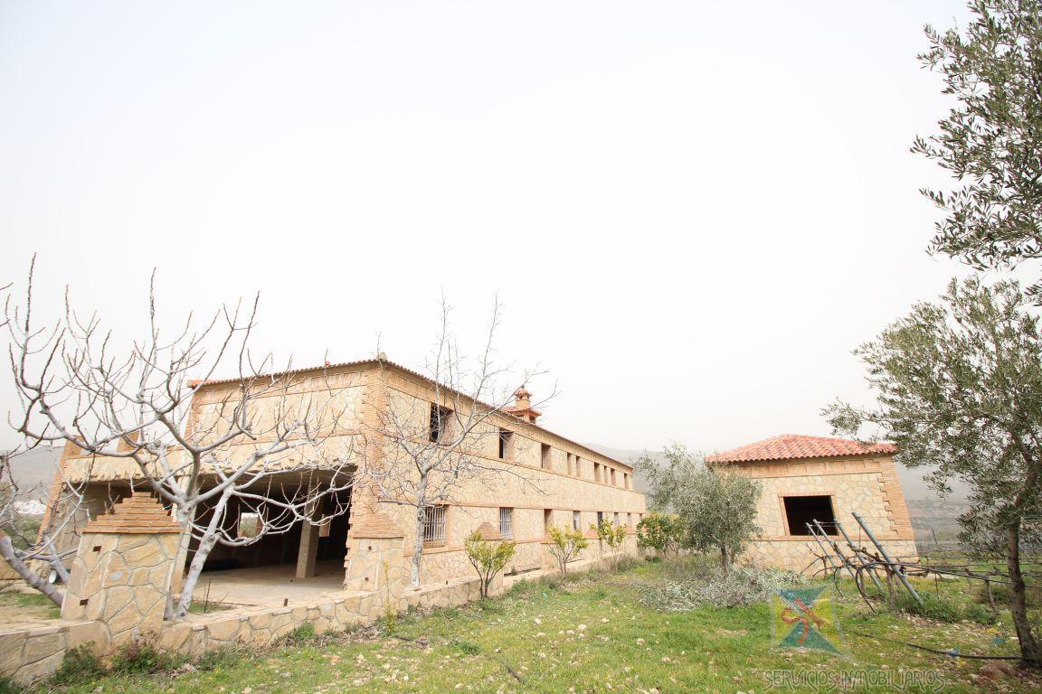 For sale of house in Láujar de Andarax