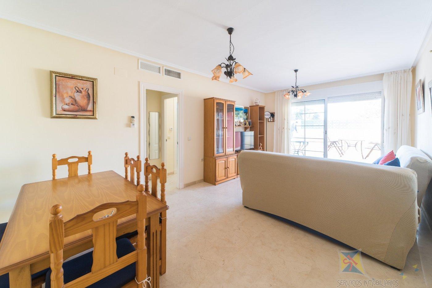 For sale of ground floor in Roquetas de Mar