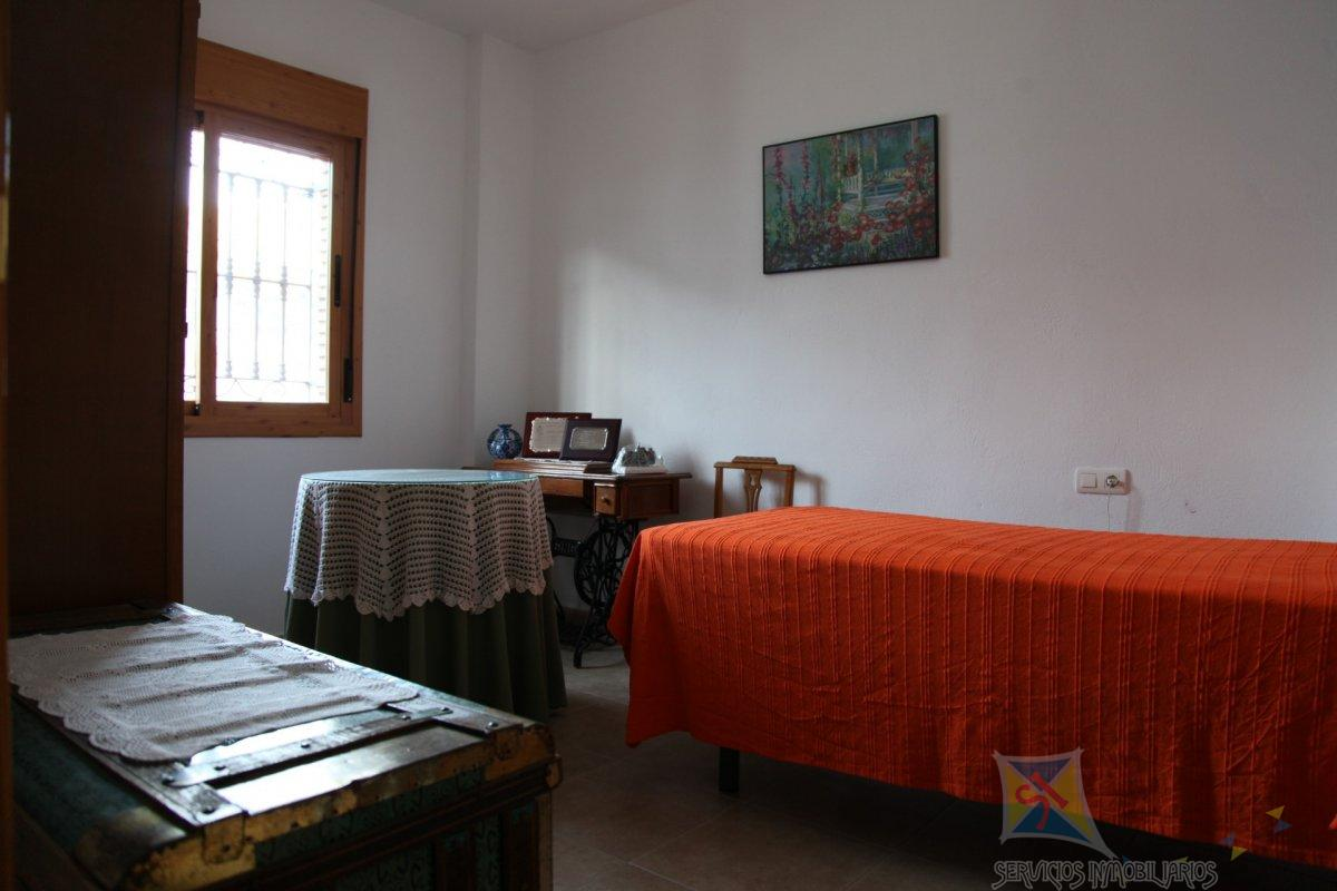 For sale of house in Turón