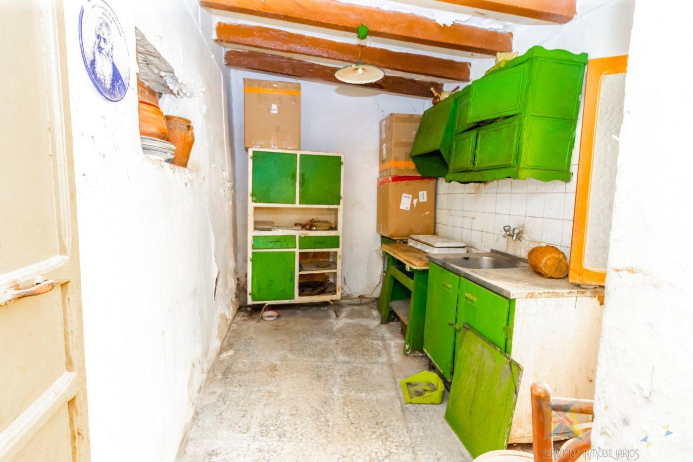 For sale of house in Berja