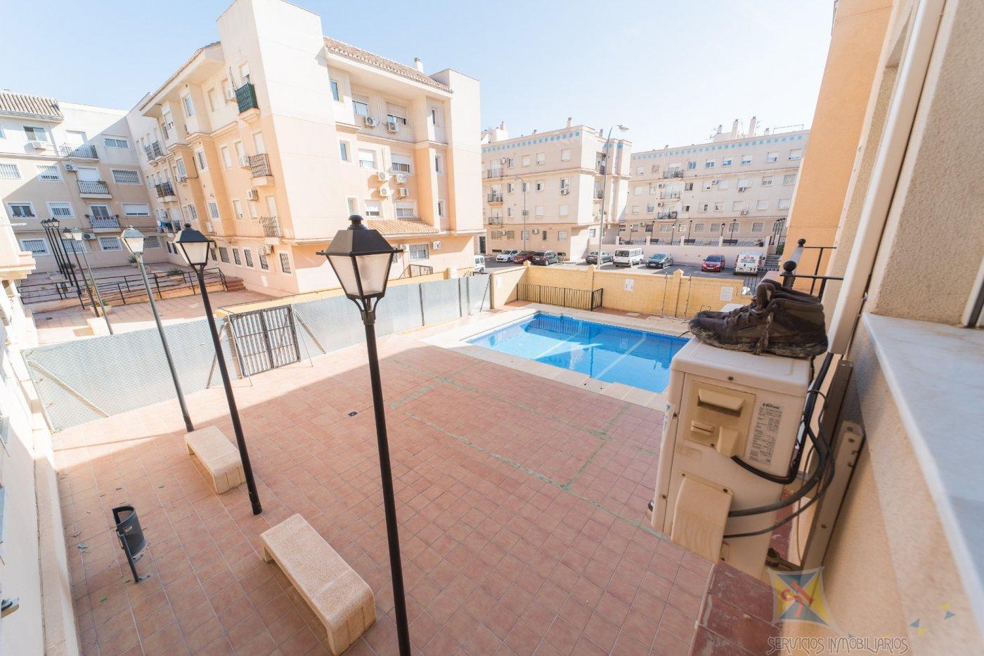 Venta de piso en Huércal de Almería