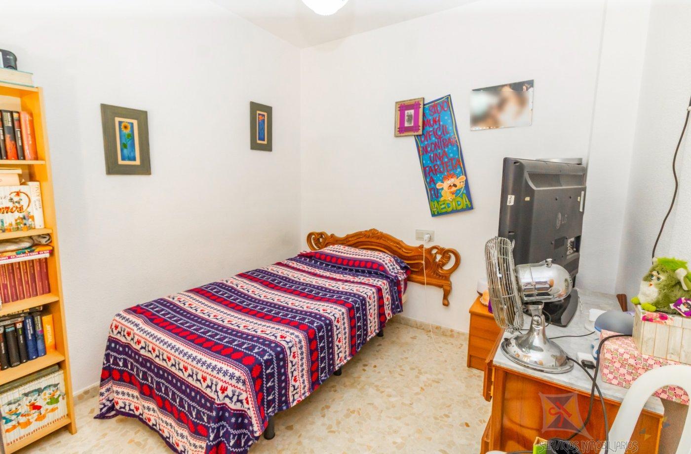 For sale of duplex in La Mojonera