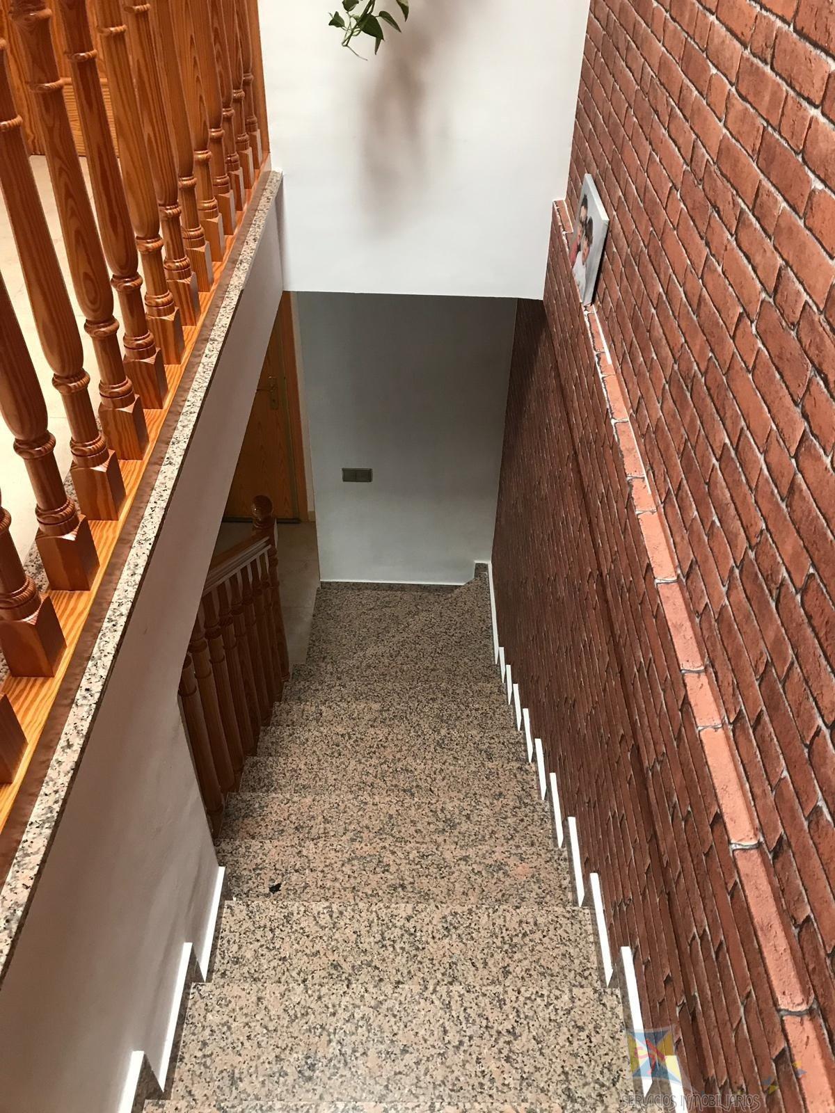 For sale of house in El Parador de las Hortichuelas
