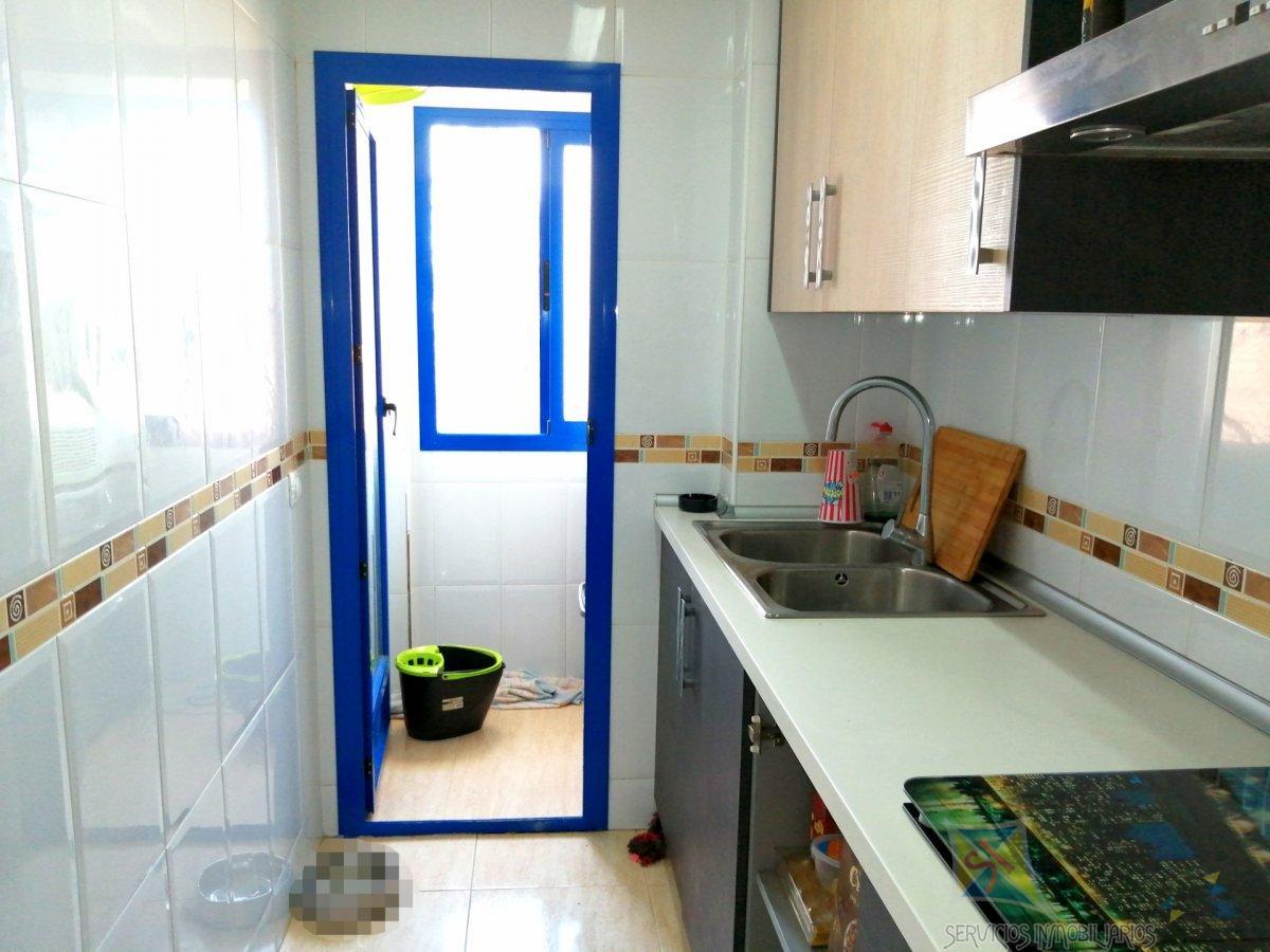 Venta de piso en Balanegra