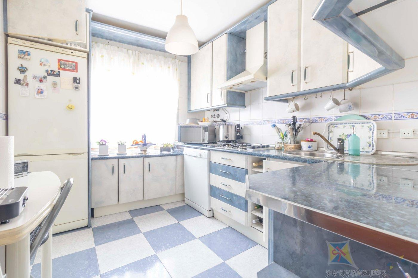 For sale of flat in Camas