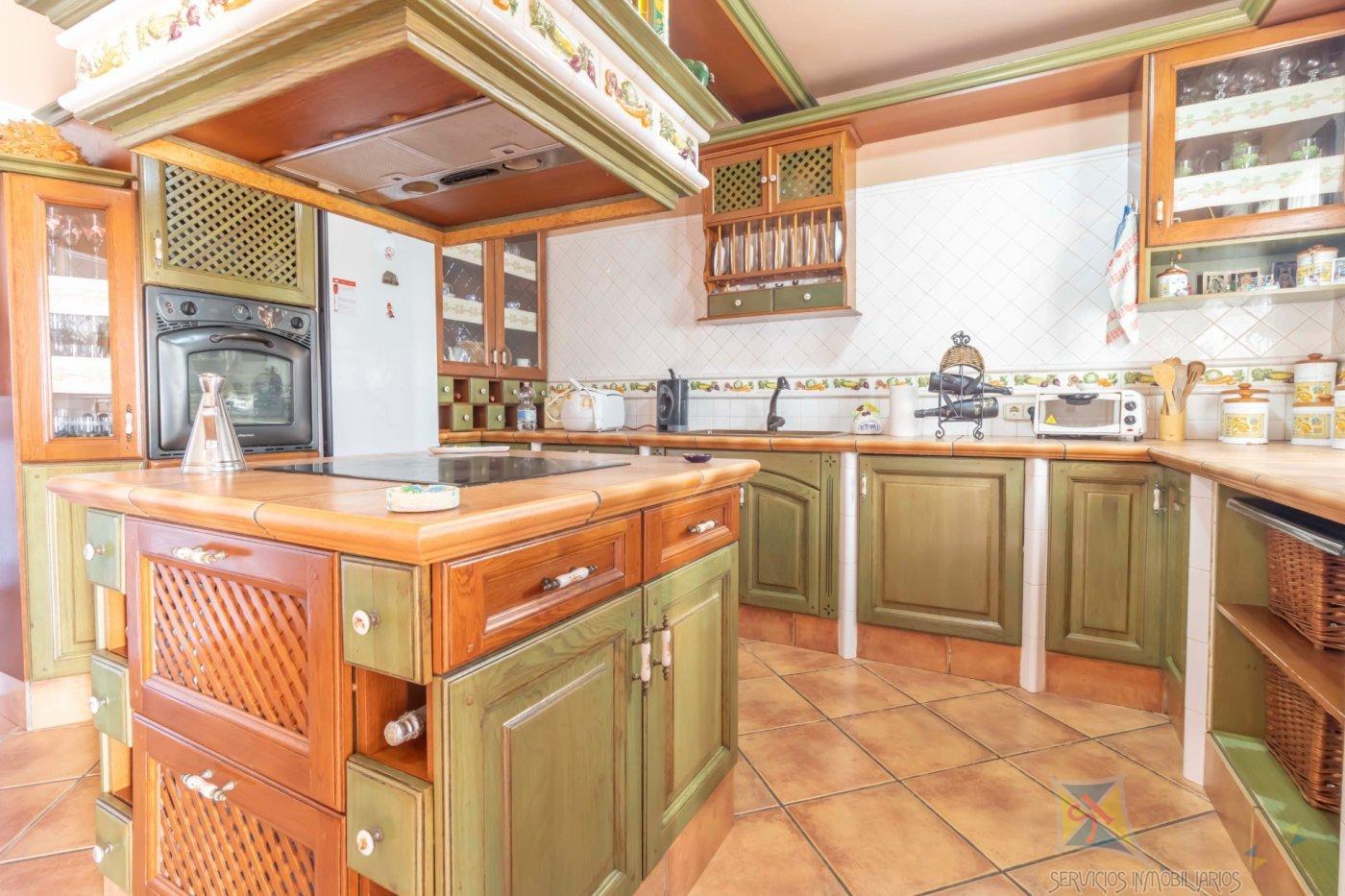 For sale of chalet in El Viso del Alcor