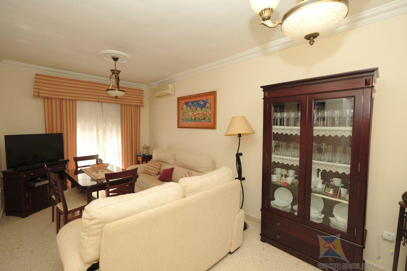 For sale of flat in Alcalá de Guadaíra