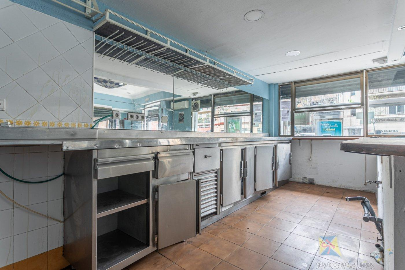 For sale of commercial in Sevilla
