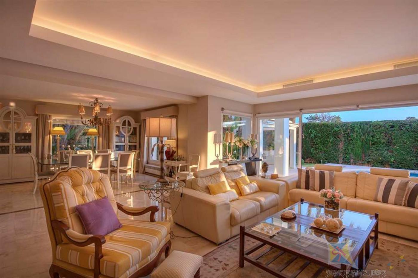 For sale of villa in Marbella