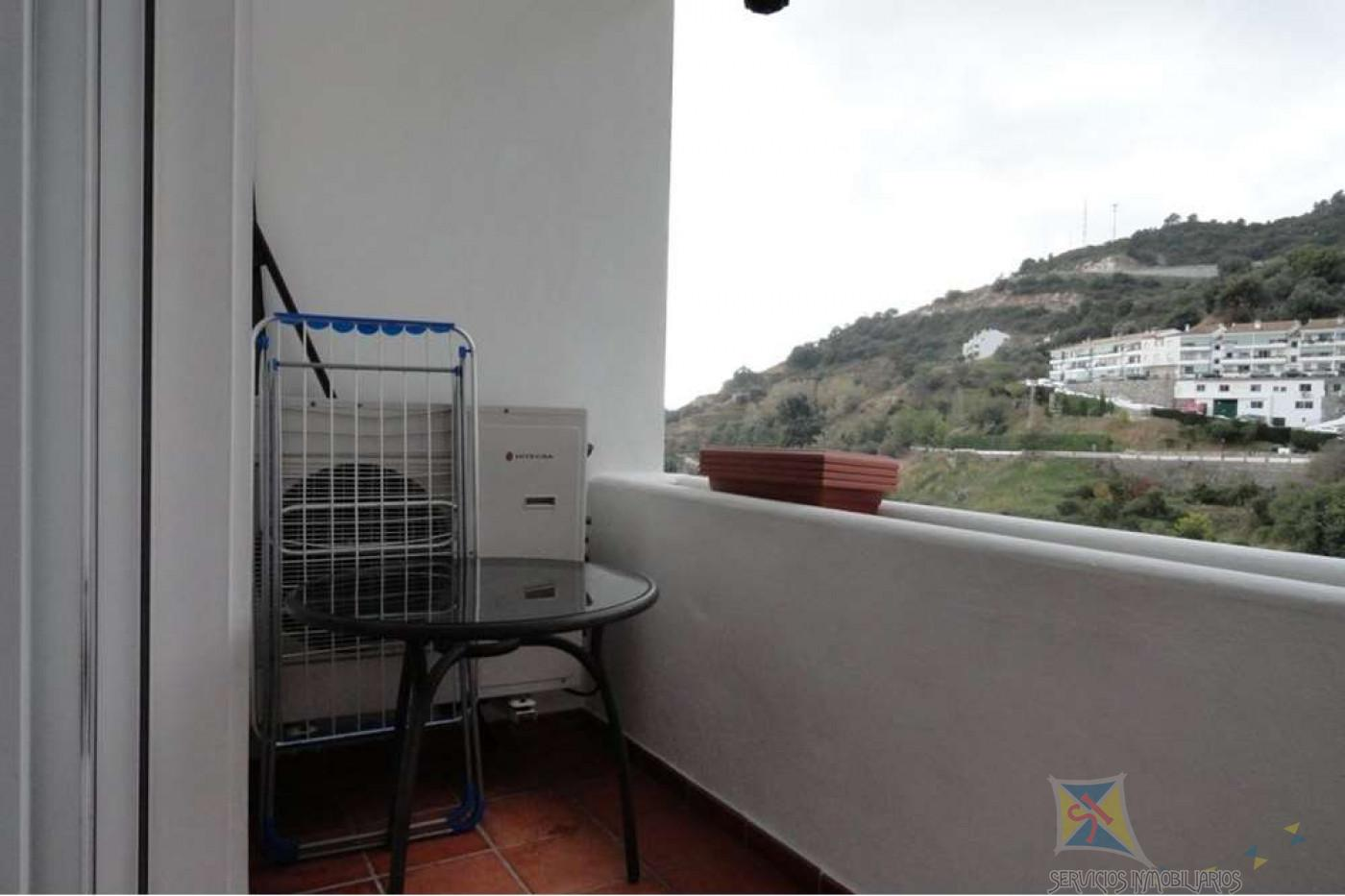 For sale of penthouse in Ojén