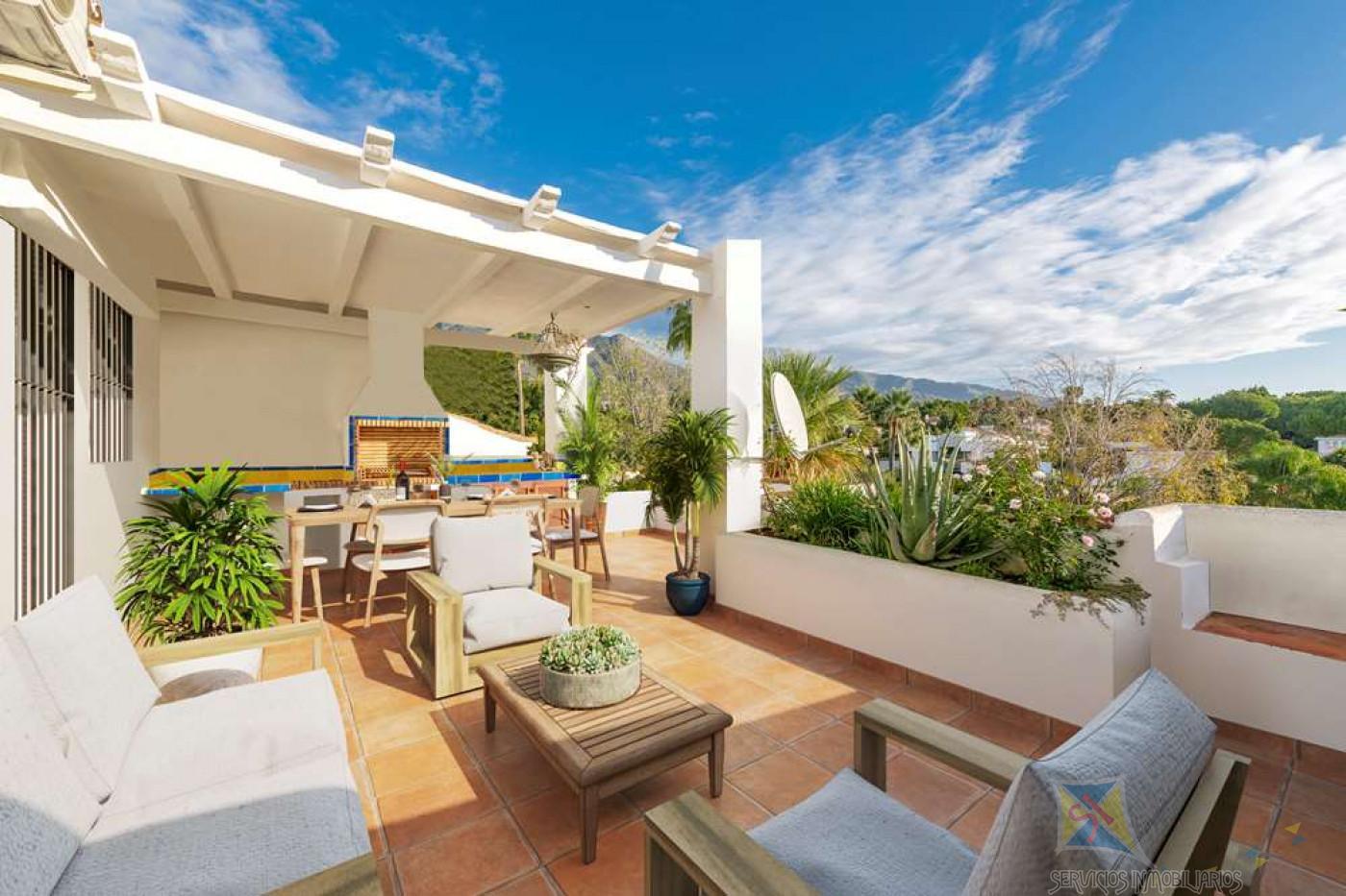 For sale of duplex in Marbella