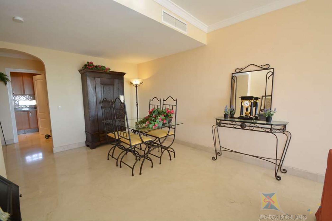Venta de apartamento en Elviria