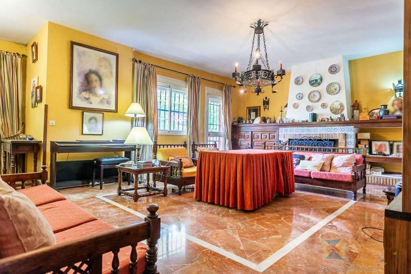 For sale of villa in Espartinas