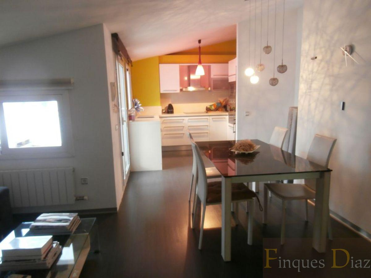 For sale of duplex in Palafolls