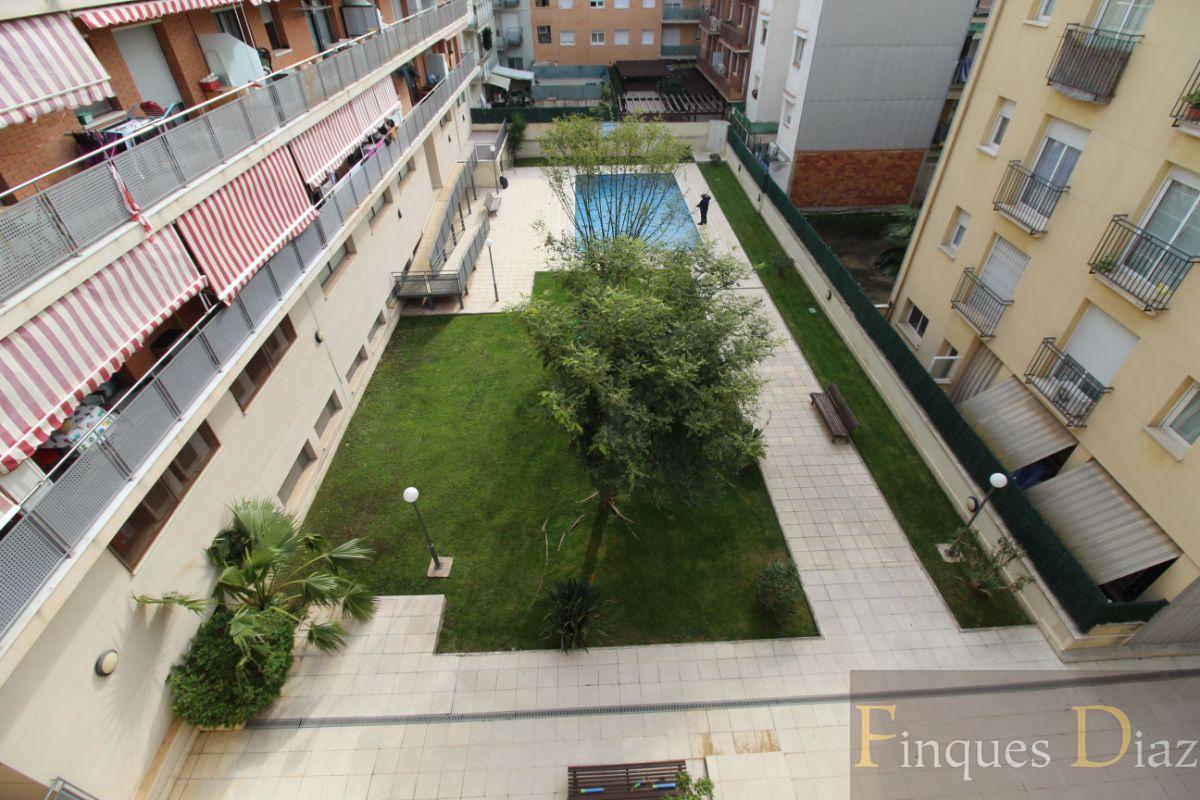 For sale of duplex in Calella