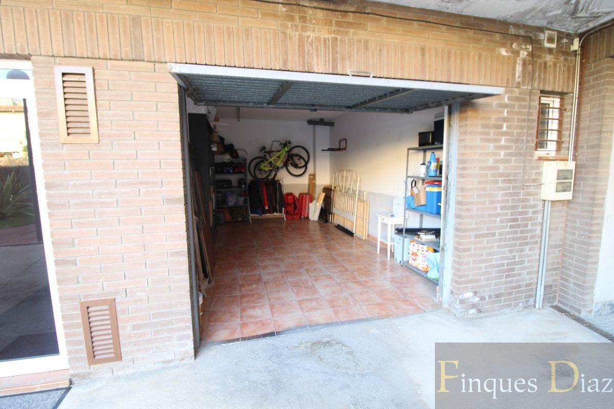 For sale of garage in Palafolls