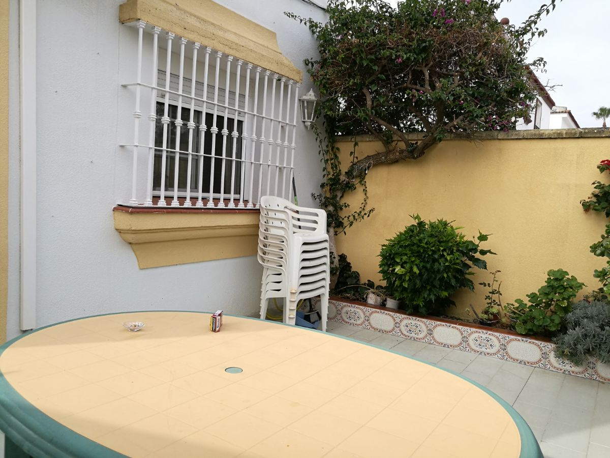 For sale of chalet in San Fernando