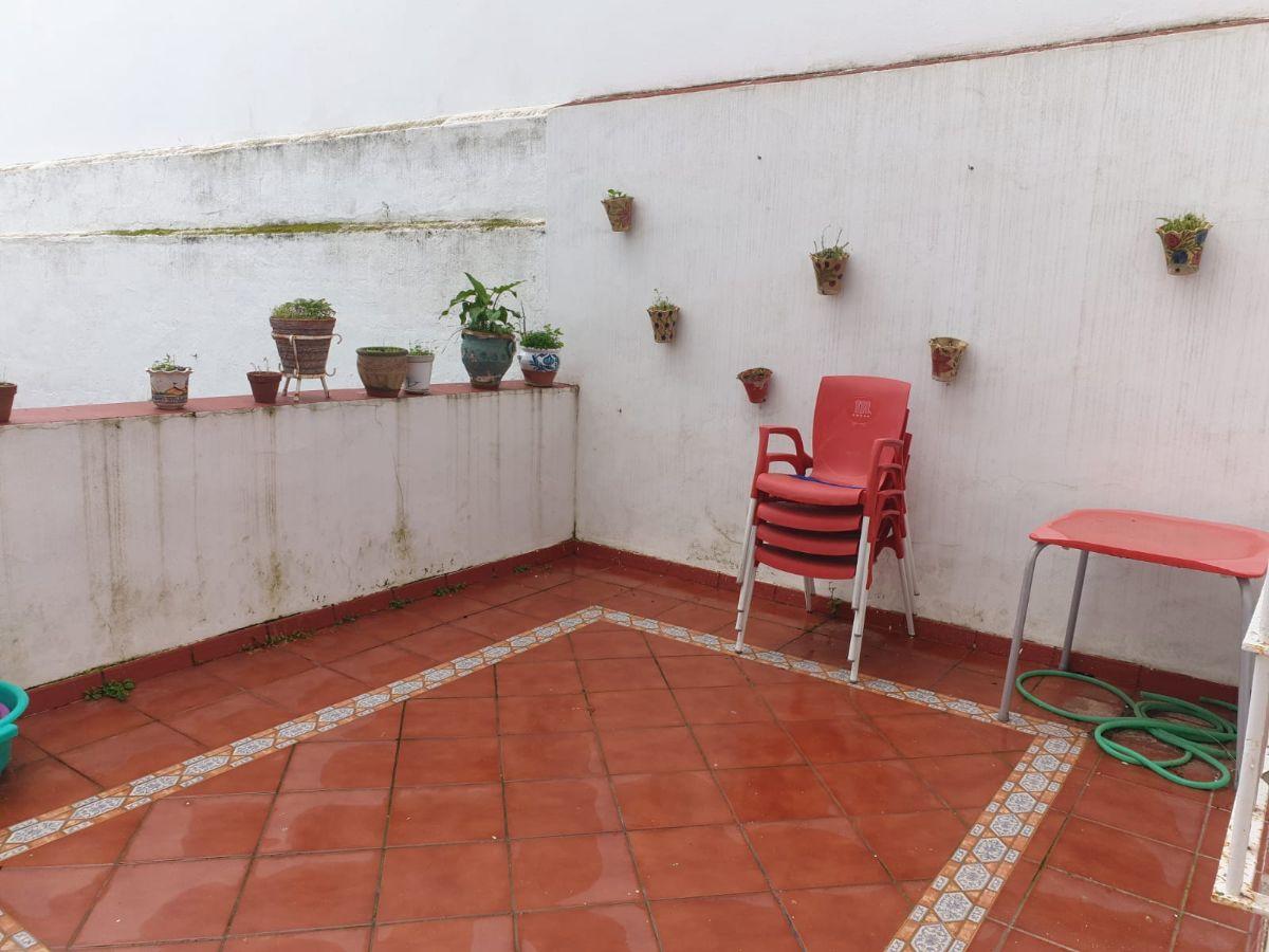 For sale of  in San Fernando
