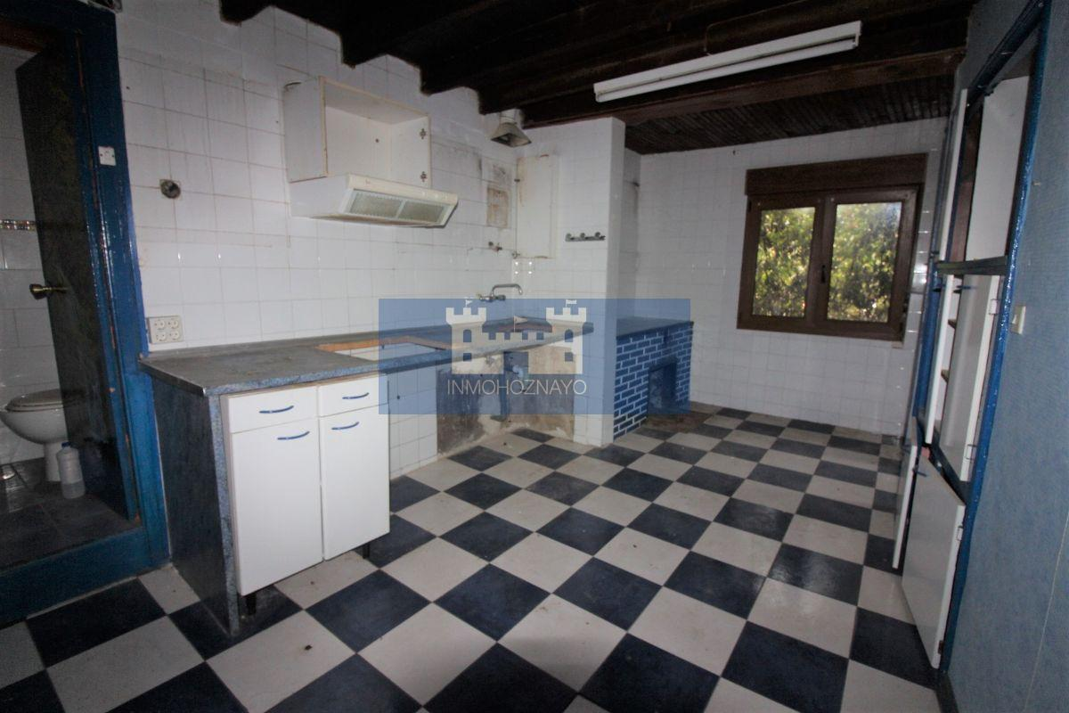 For sale of house in Camaleño