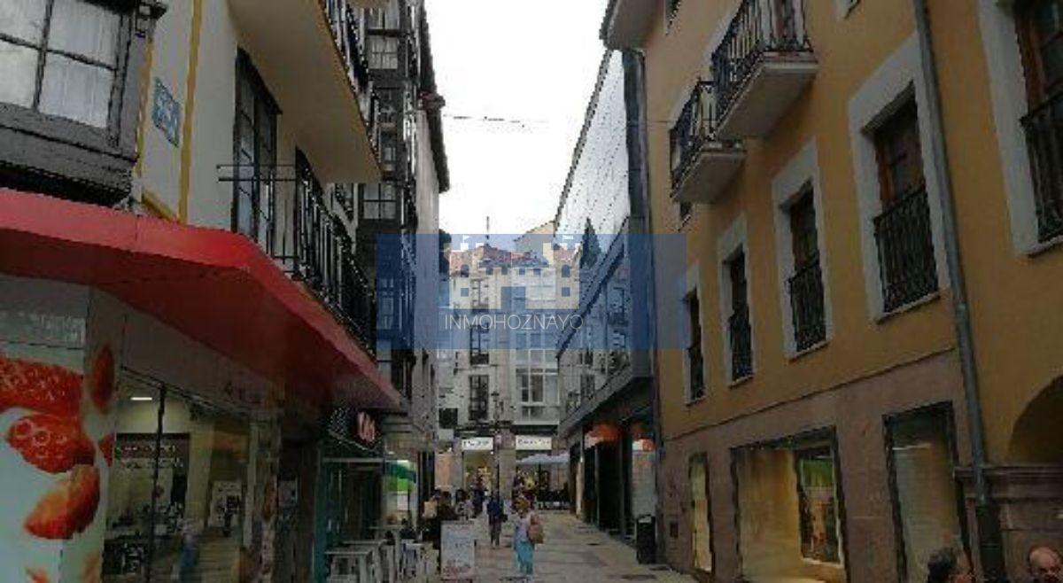 Venta de local comercial en Torrelavega