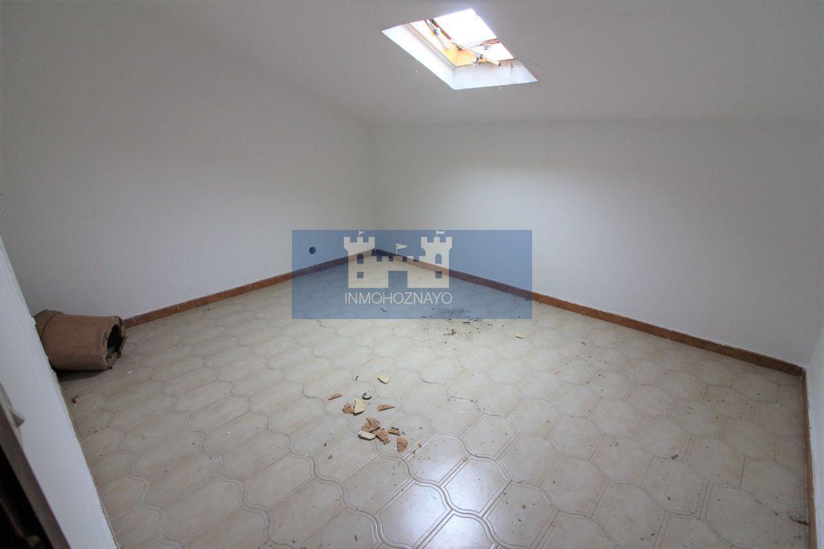 For sale of chalet in Guarnizo
