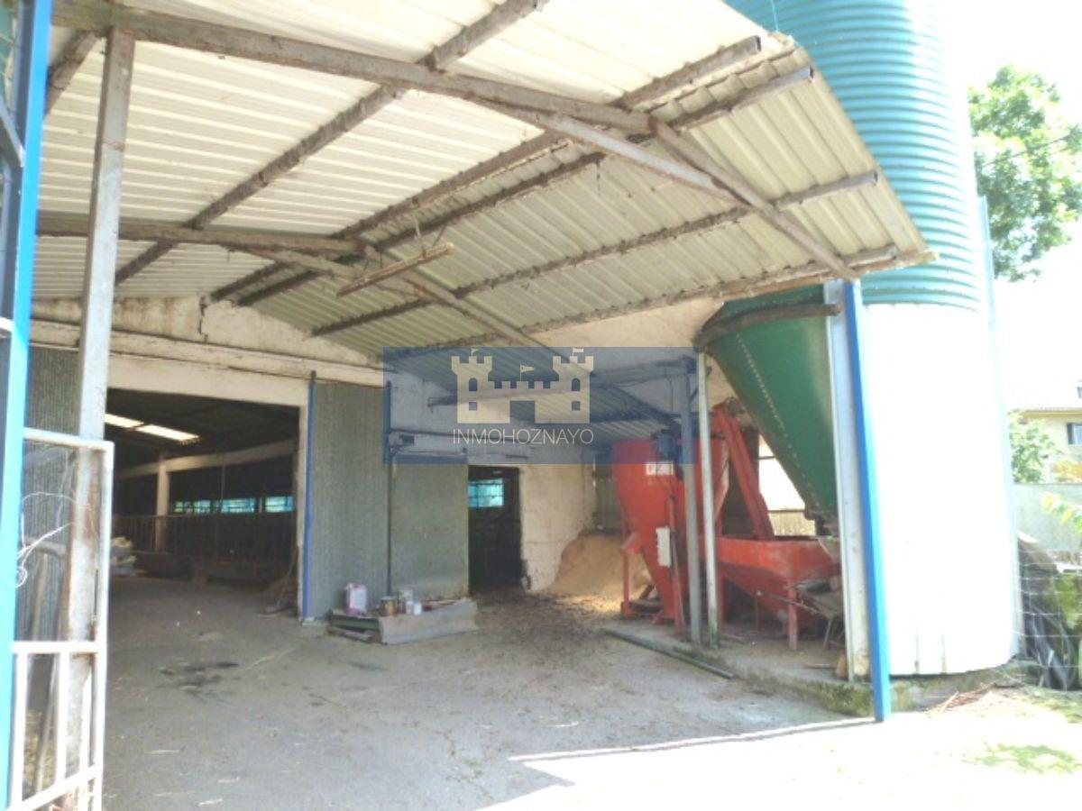 Venta de nave industrial en Solórzano