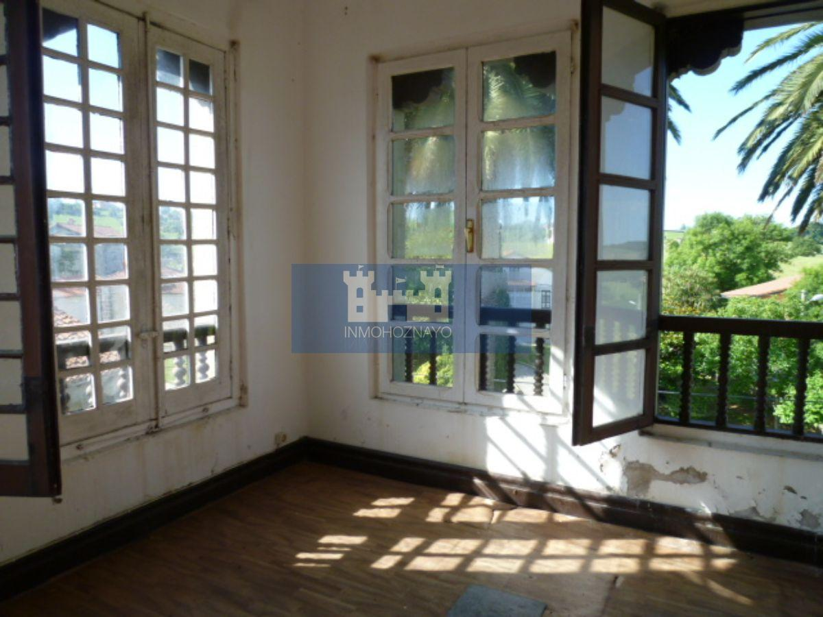 For sale of house in Hoz De Anero