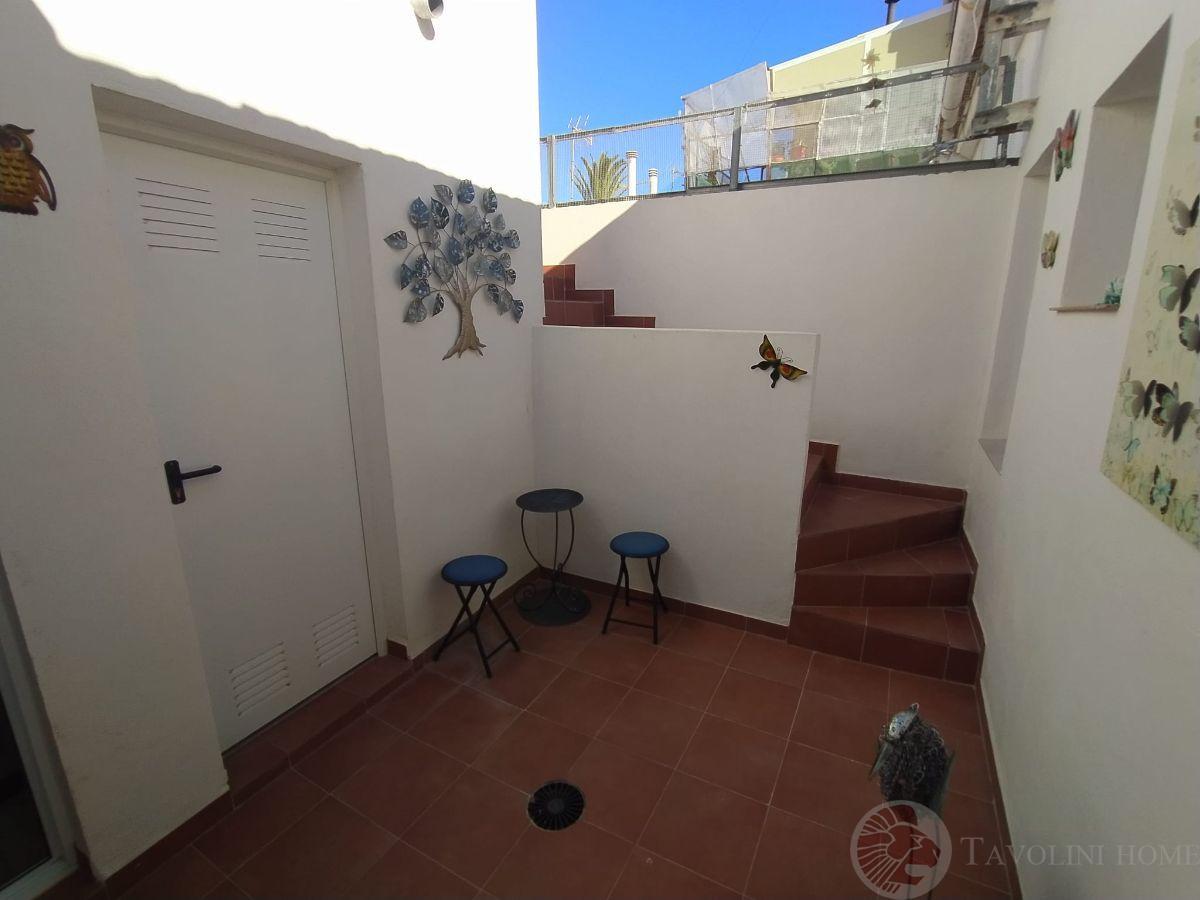 For sale of ground floor in El Campello