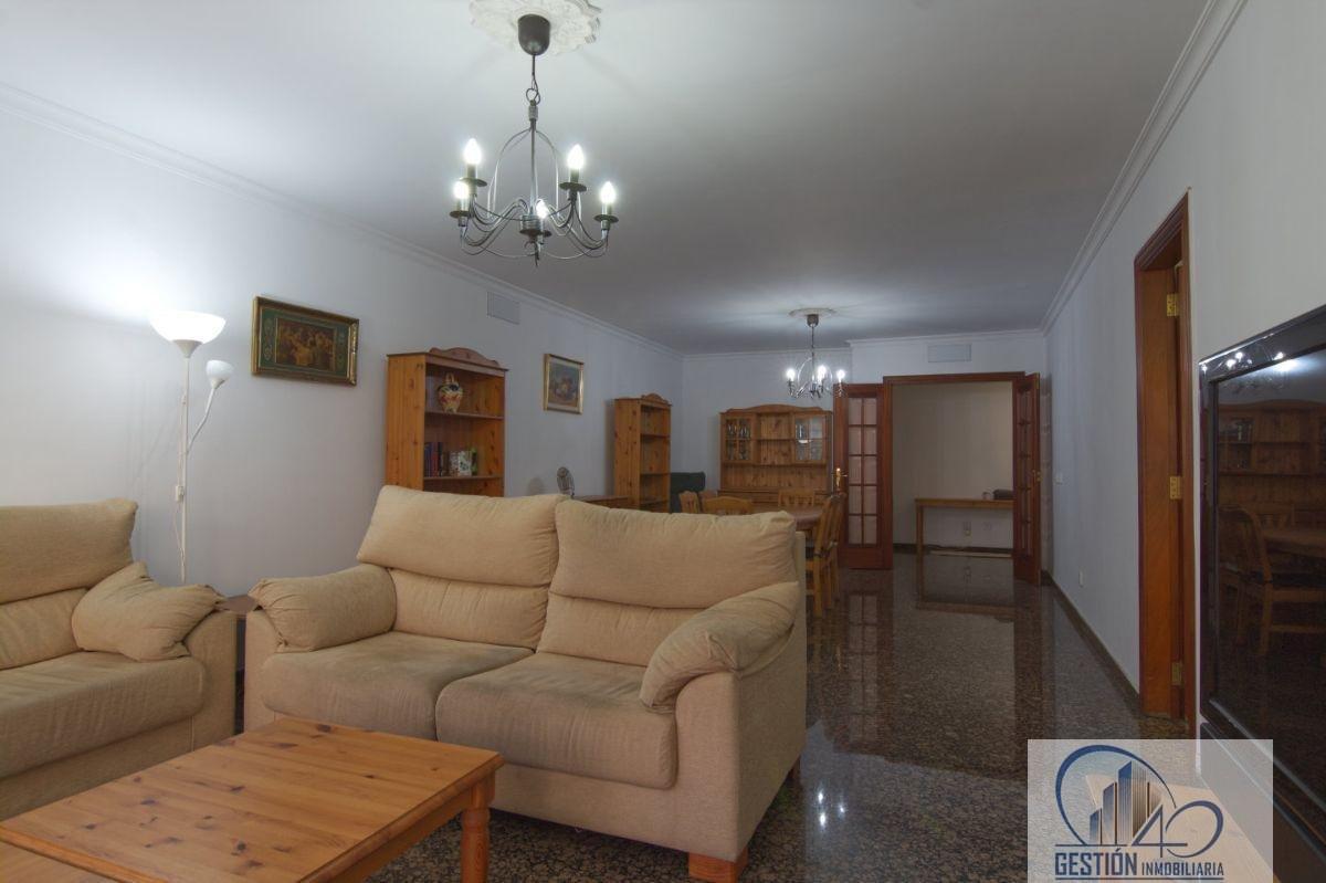 For sale of flat in Santa Cruz