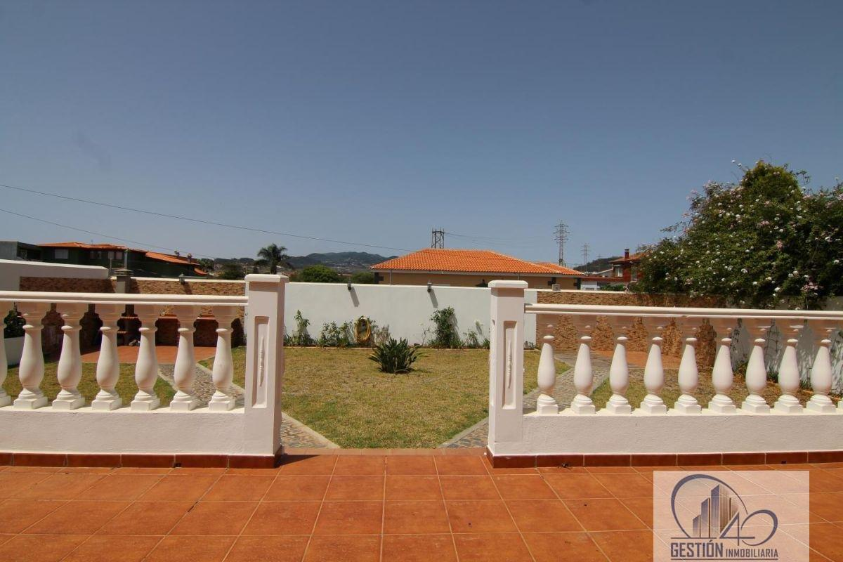 For sale of chalet in La Laguna