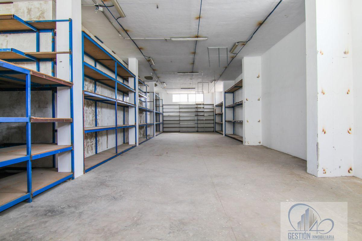 For rent of industrial plant/warehouse in Arafo