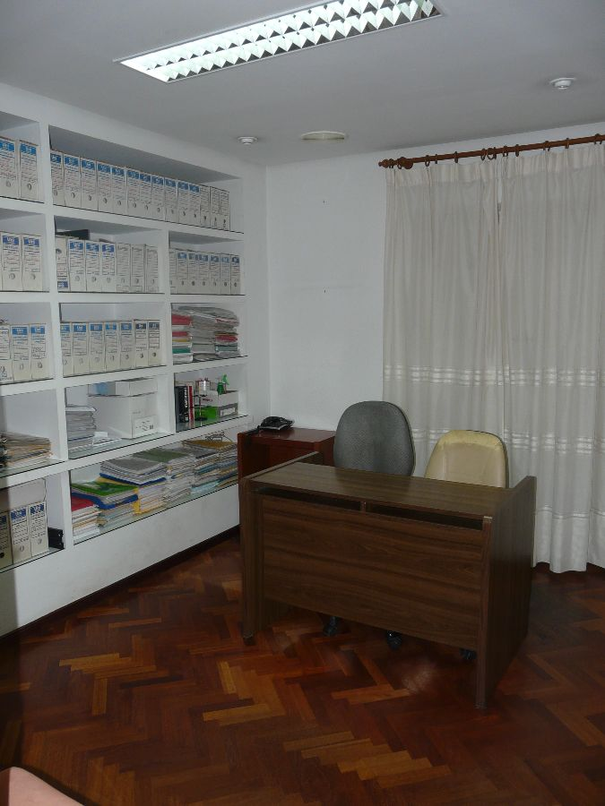 For sale of office in San Fernando