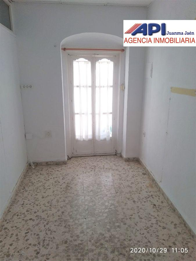 For rent of office in San Fernando