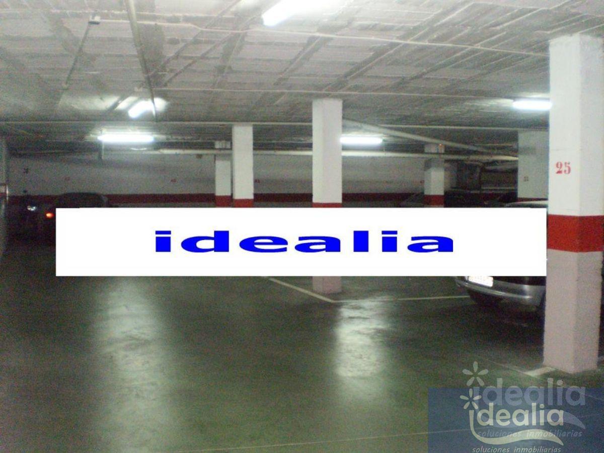 Aluguel de garagem em Sevilla