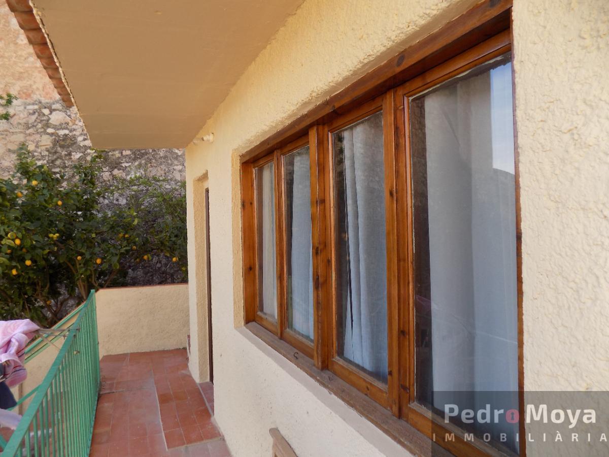For sale of house in Miravet