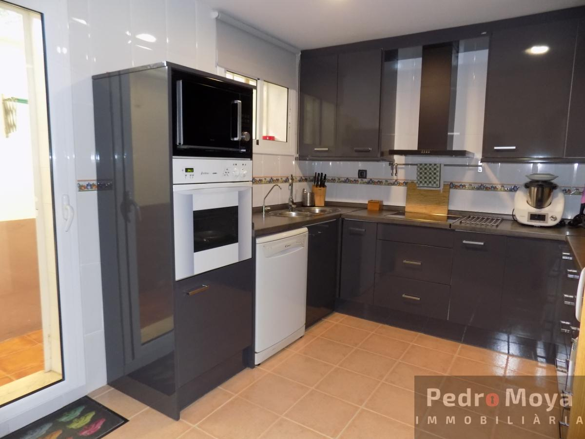 For sale of chalet in Salou