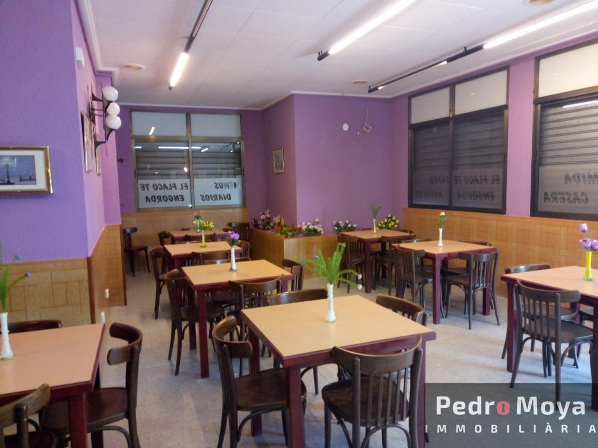 For sale of commercial in Reus