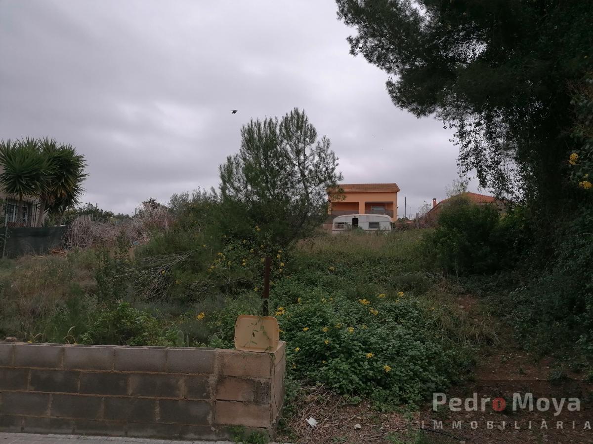 For sale of land in Tarragona