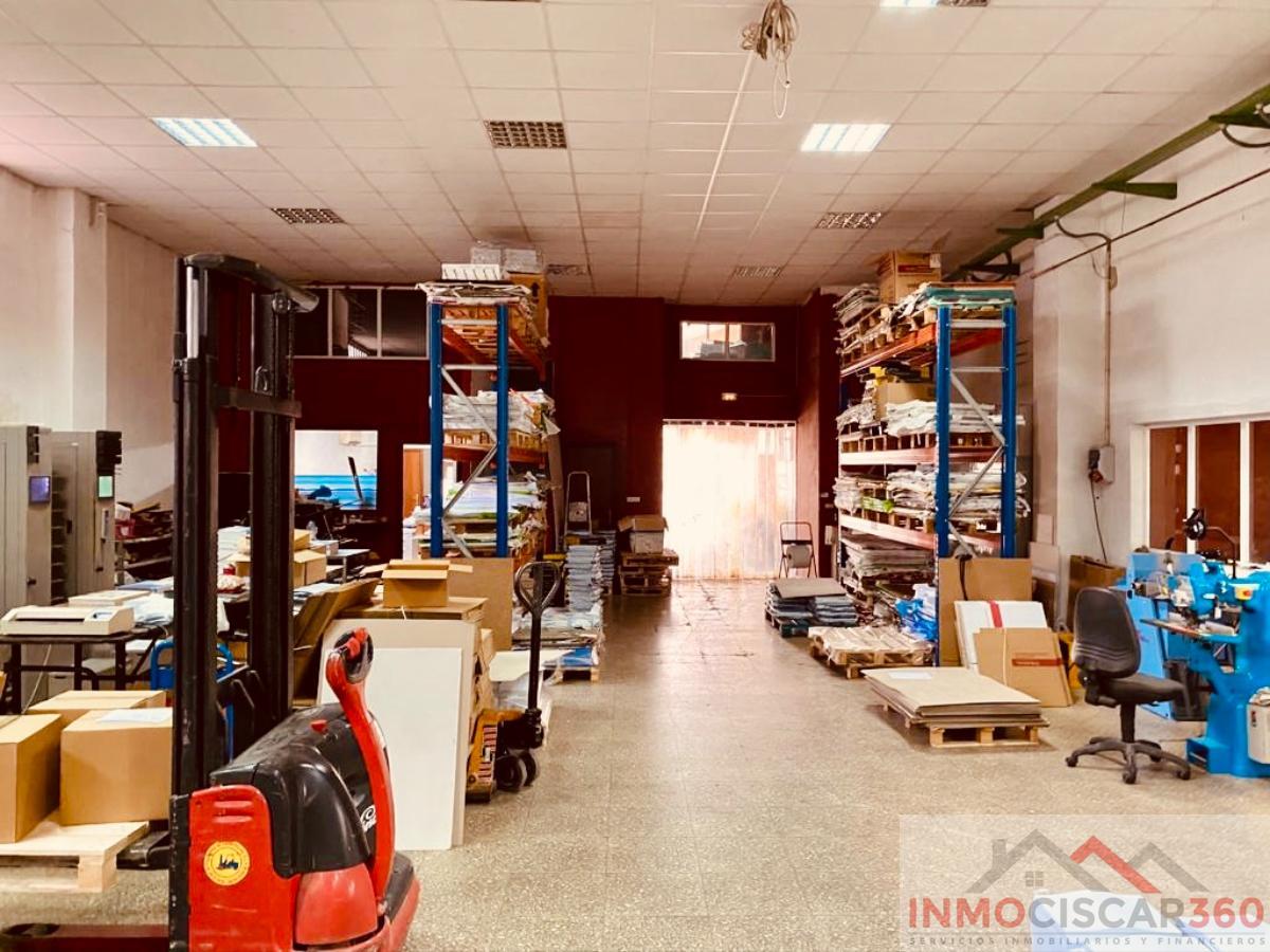 Zu verkaufen von gewerbehalle in  Valencia