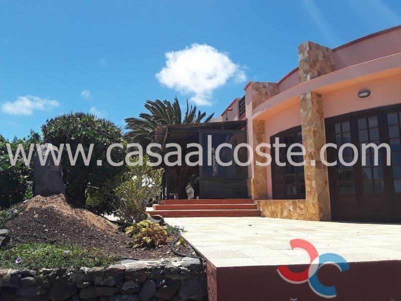 For sale of chalet in Fuerteventura
