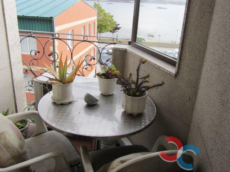 For sale of flat in Moaña