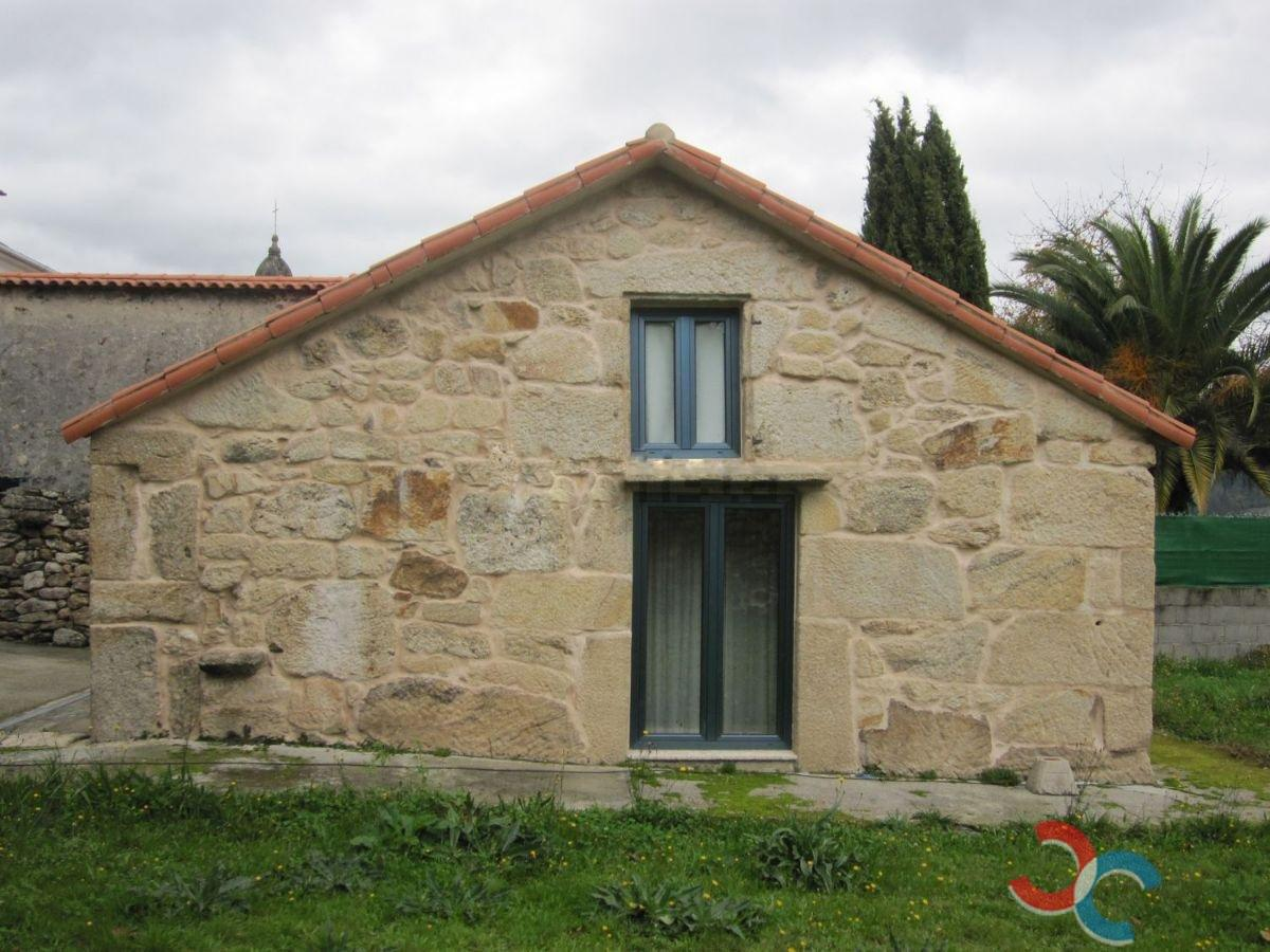 Venta de casa en A Cañiza