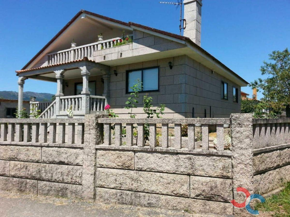 For sale of chalet in Tui
