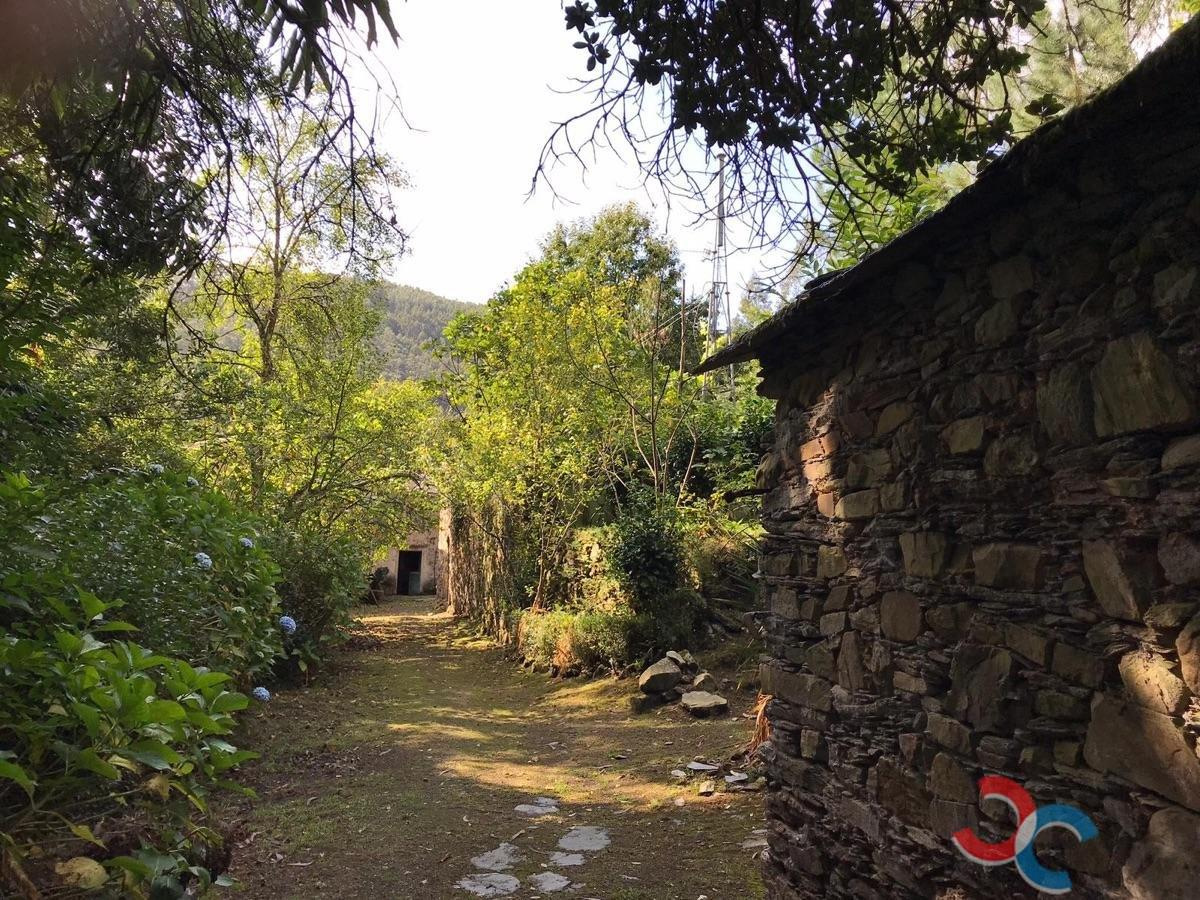 For sale of house in Viveiro