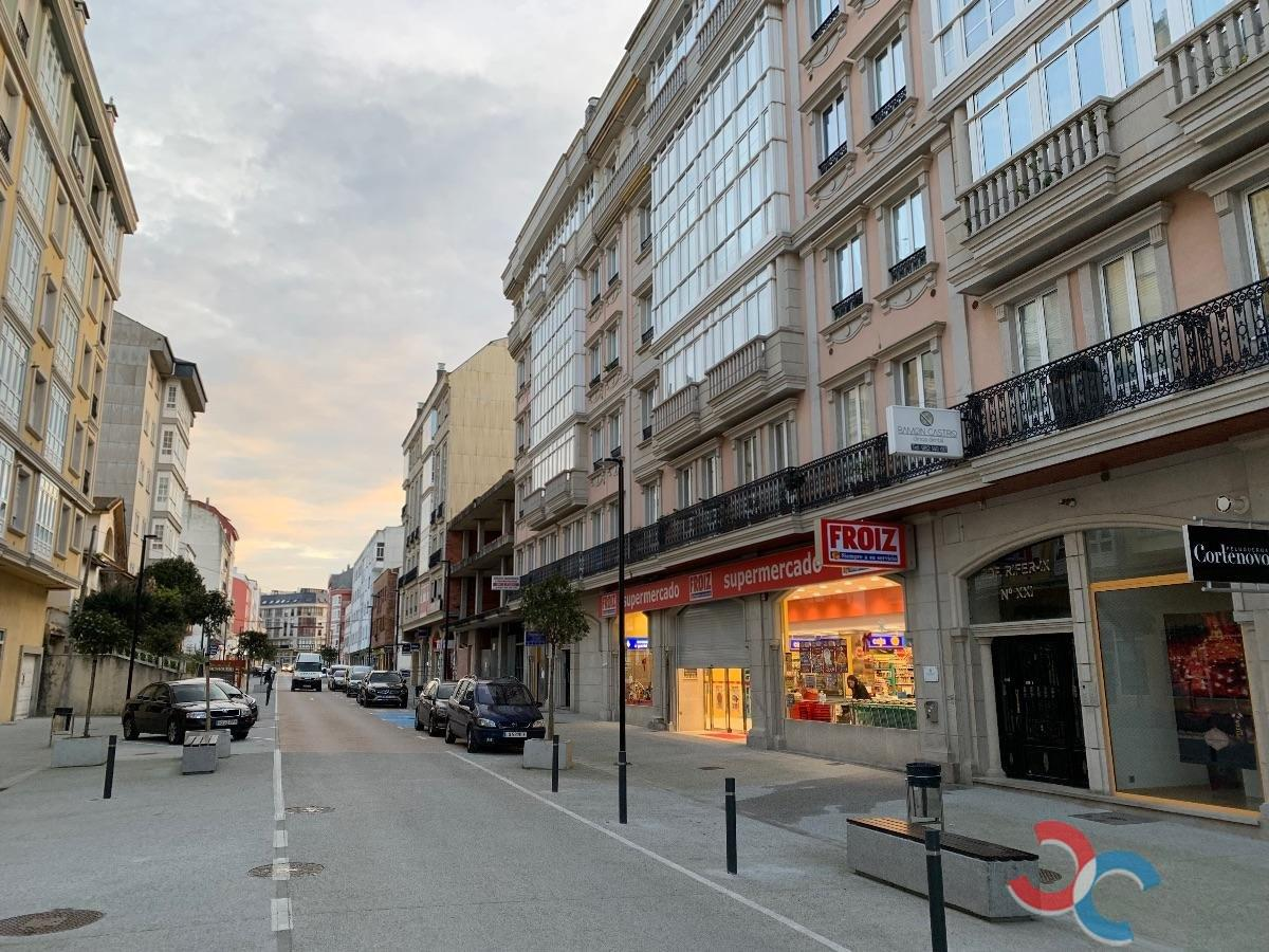 For sale of flat in Foz