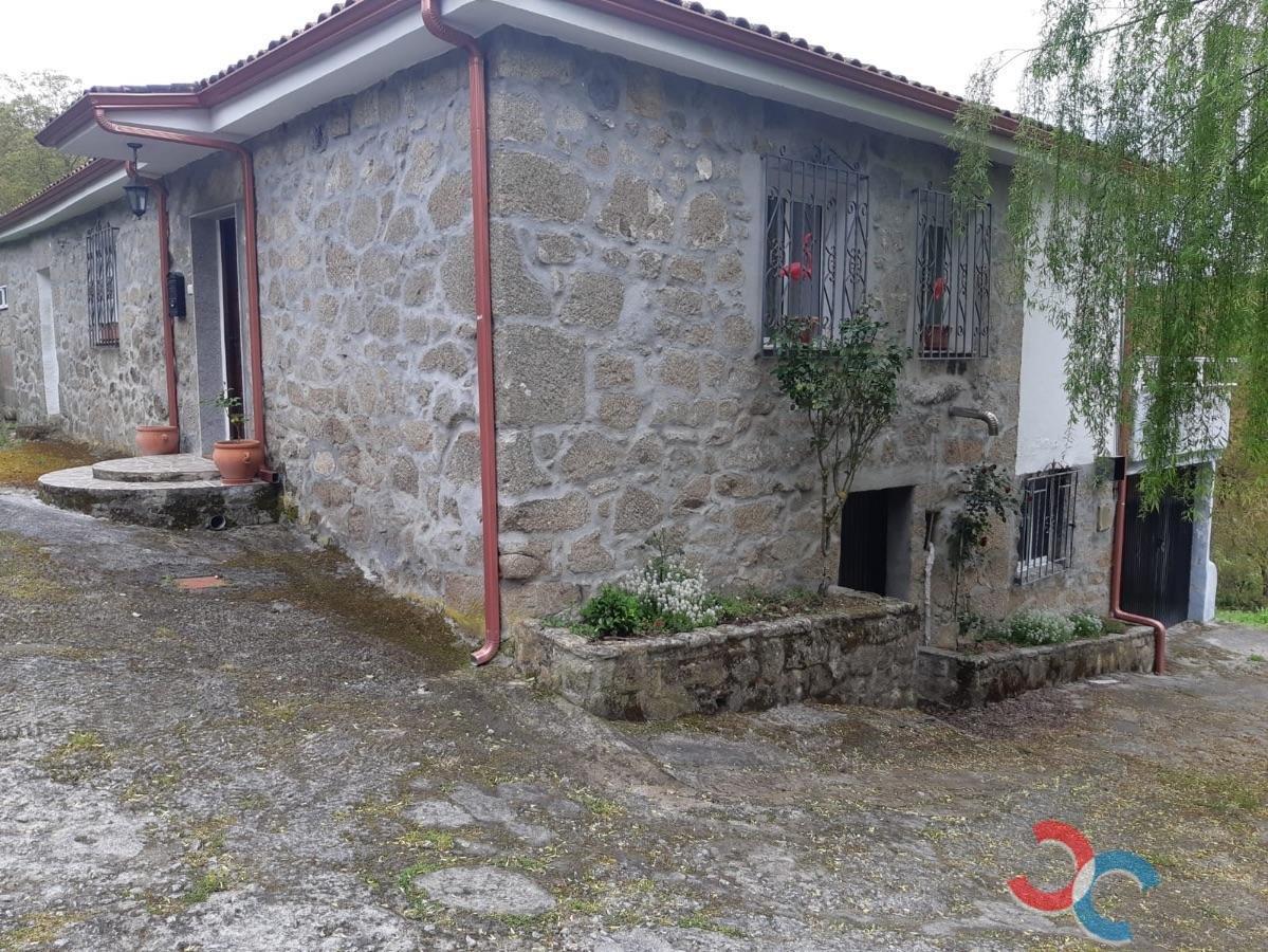 Venta de casa en Chantada