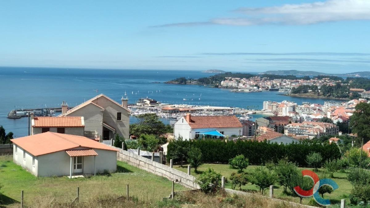 For sale of house in Sanxenxo