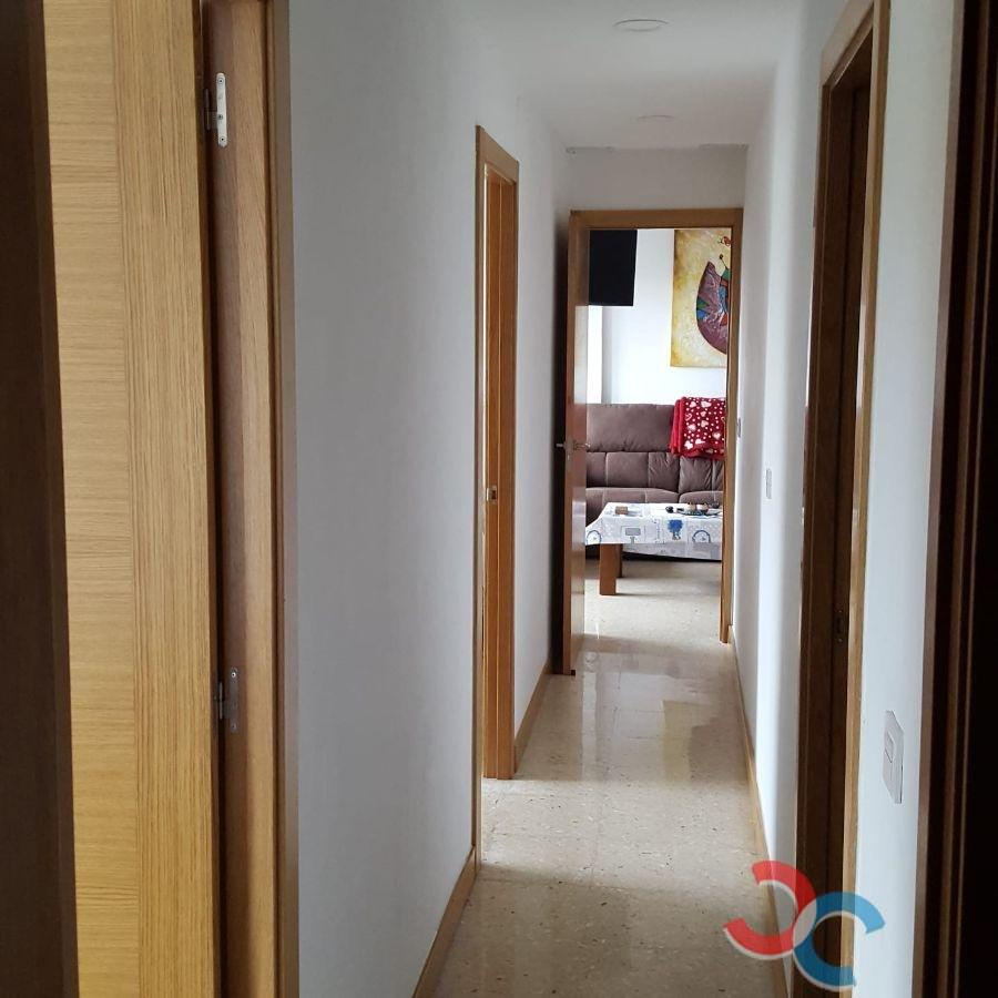 For sale of flat in Grove O