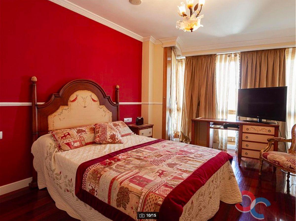 For sale of house in Vilagarcía de Arousa