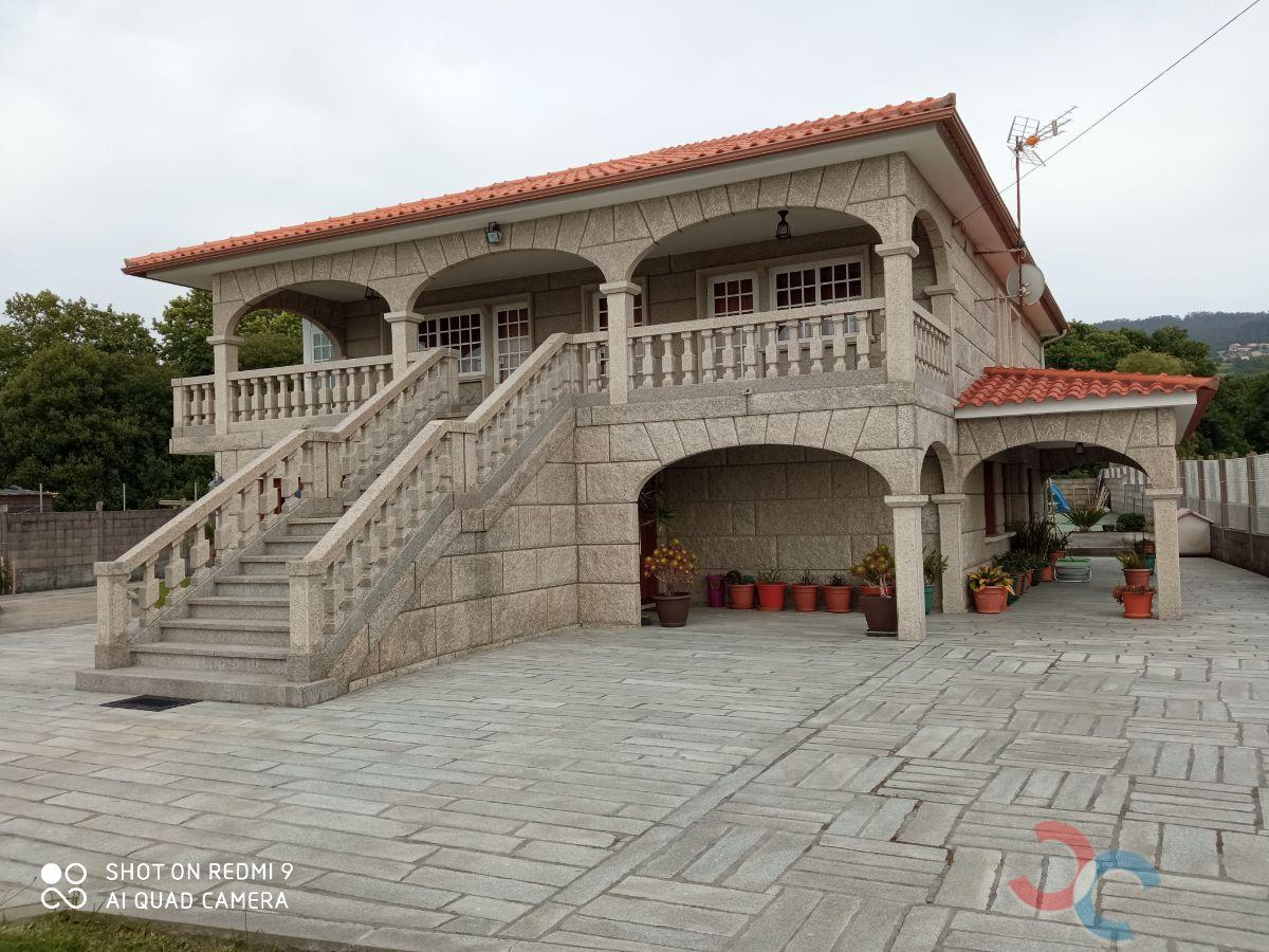 For sale of chalet in Bueu
